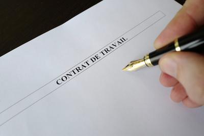 Aktuelle Tipps unserer Experten zum französischen Arbeitsvertrag