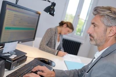 Die Jobsuche über Personaldienstleister oder Zeitarbeitsfirmen als Bewerber in Frankreich