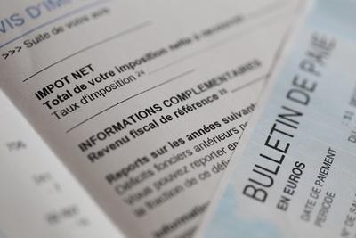 Wie versteht man eine französische Lohnabrechnung?