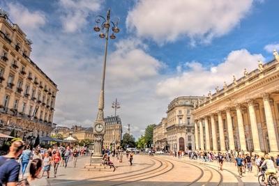 Leben und arbeiten in Bordeaux und Neu-Aquitanien
