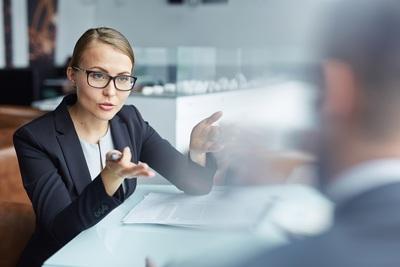 Comment bien parler de vous lors d'un entretien d'embauche en Allemagne