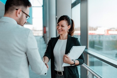 Recruiting für Vertriebsleiter, Finanzleiter oder Geschäftsführer in Paris und Frankreich in 2021 : Eurojob Consulting, deutsch-französische Headhunter