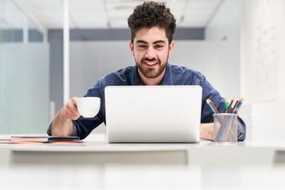 Der französische Lebenslauf für Informatiker: Position verdeutlichen und moderne Gestaltung
