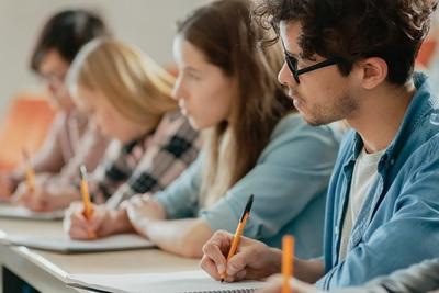 Binationale deutsch-französische Ausbildung: Liste und Angebote