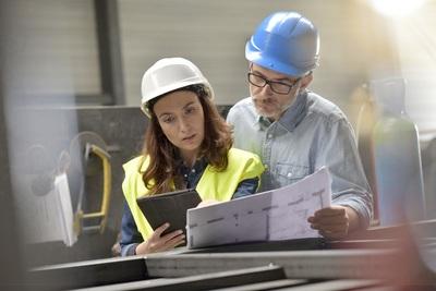 Arbeiten in der Industrie in Frankreich: Berufe und Unternehmen