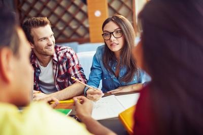 Schon gewusst, wie… man sich an einer französischen Hochschule einschreibt?